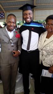 Abilito met zijn ouders